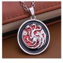 Collana dei Tre Draghi Targaryen versione Argento con sfondo Rosso - Game of Thrones